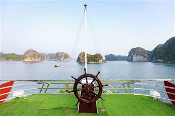 Full 2 days 1 night on sleeping boat to Lan Ha Bay, Ha Long Bay