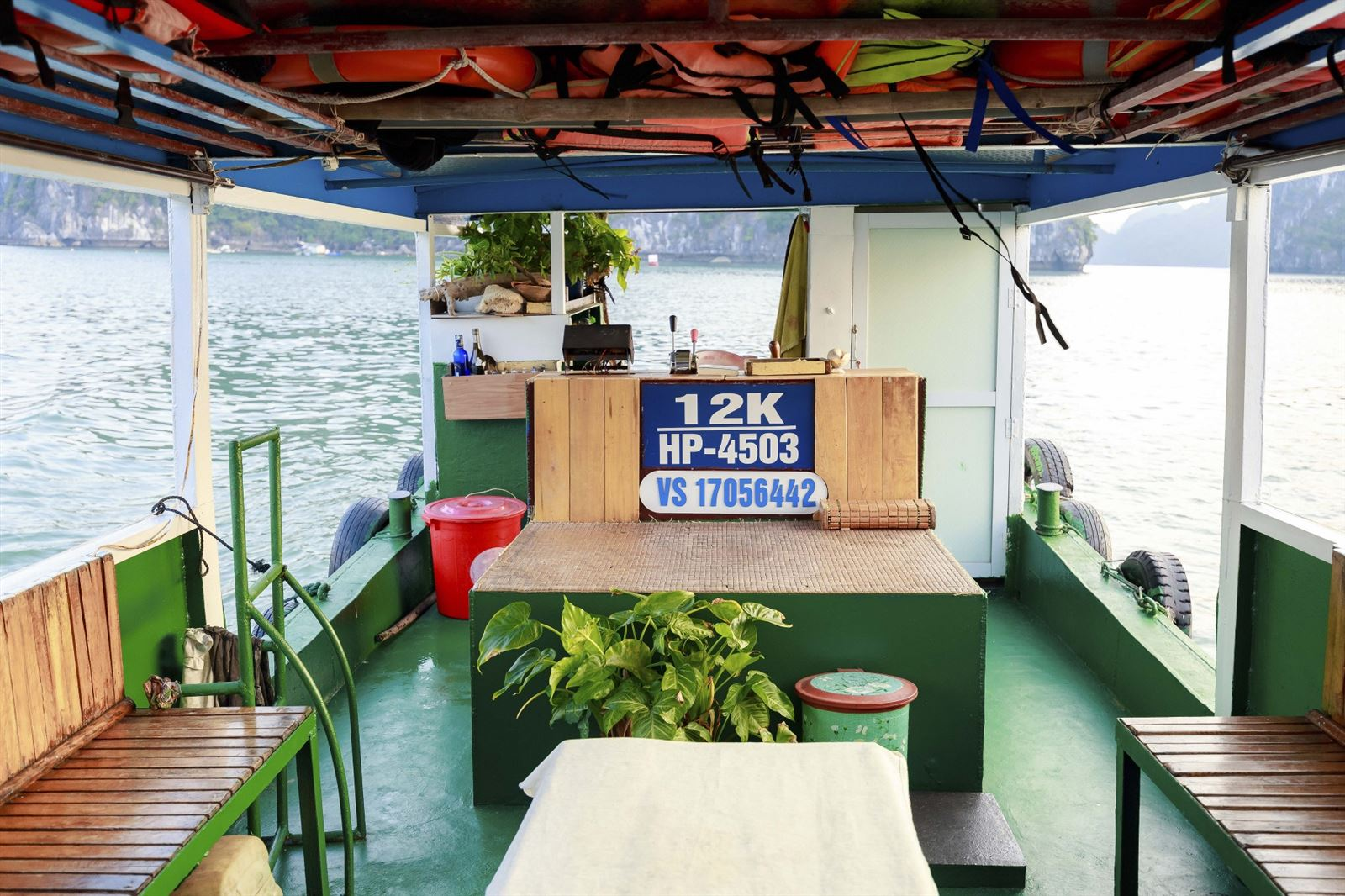 suttle boats furnitures