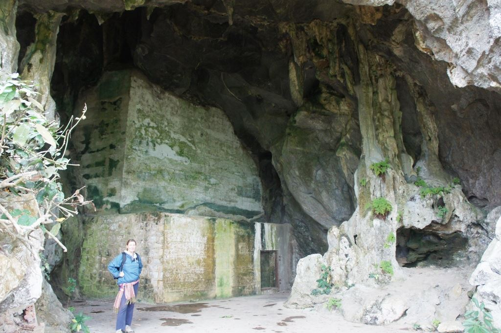 cave 9