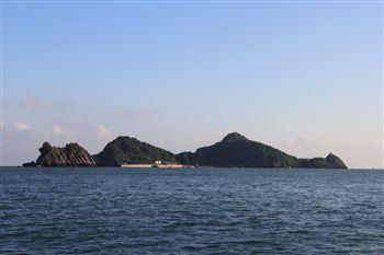 Đảo Khỉ (tên gọi cũ là Đảo Cát Dứa)