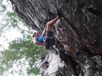 Half day rock climbing on Cat Ba island-Hidden Valley