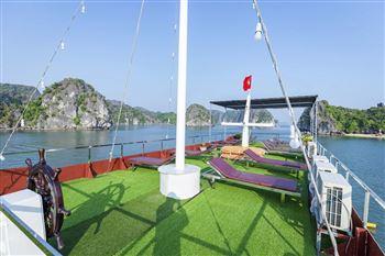 Hành trình 2 ngày 1 đêm ngủ tàu trên vịnh Lan Hạ