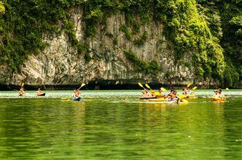 Half day kayaking on Lan Ha Bay