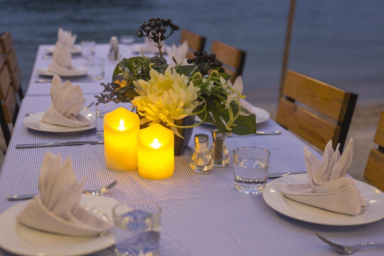 Chuẩn bị bữa tối trên đảo tự do